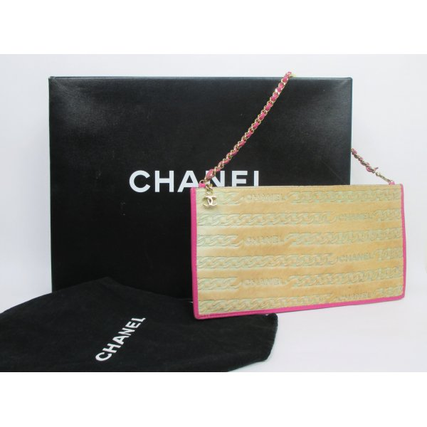 Orig. Chanel Clutch/Collectors piece!/Fell & Leder/wie NEU!