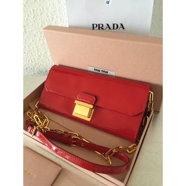 orig miu miu by prada clutch tasche portemonnaie rot 450 kette crossbody wneu m dchenflohmarkt. Black Bedroom Furniture Sets. Home Design Ideas