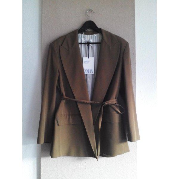 Oversize Blazer aus 76% Wolle, Campaing Collection, Grösse M, neu