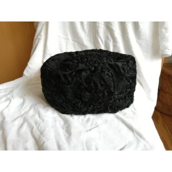 Cappello in pelliccia nero Pelliccia