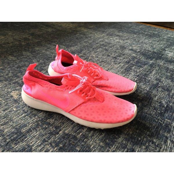 Pinke Nike Schuhe