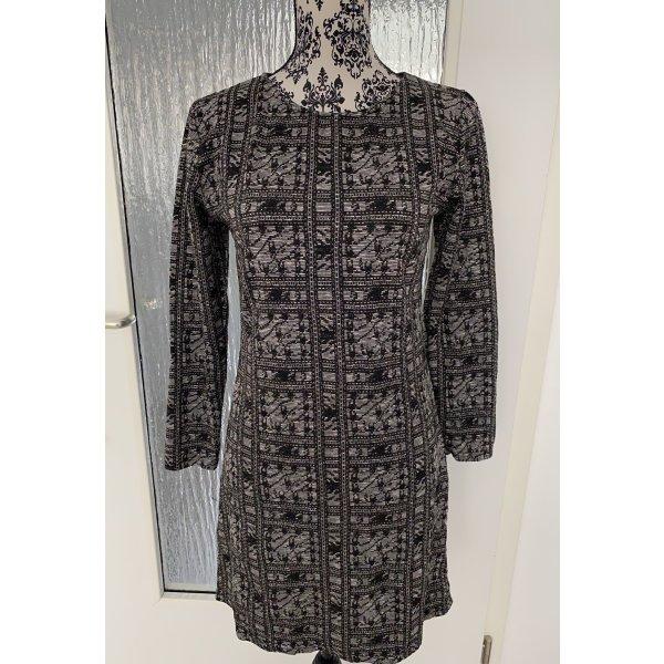 Pulloverkleid in grau glitter