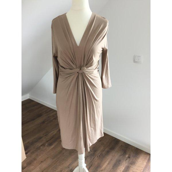 Raffiniertes Sommerkleid von Anna Field