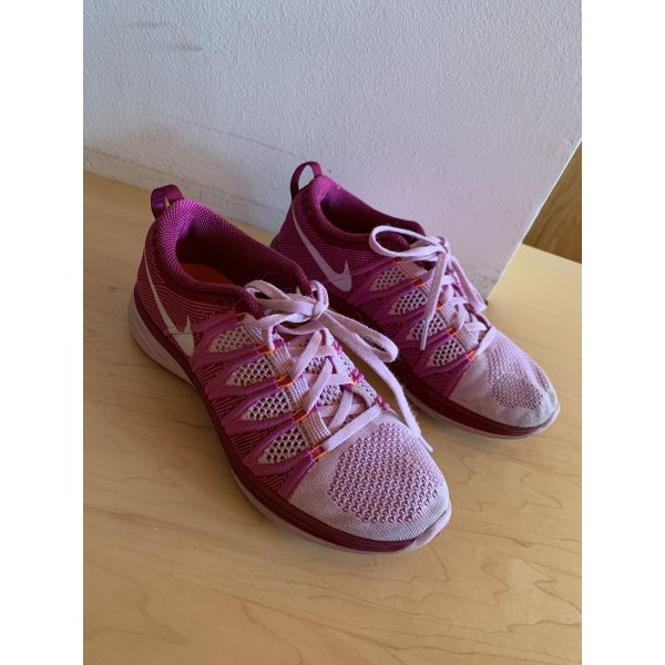 Rosa/Pinke Nike Turnschuhe