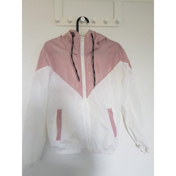 Rosé-weiße Jacke