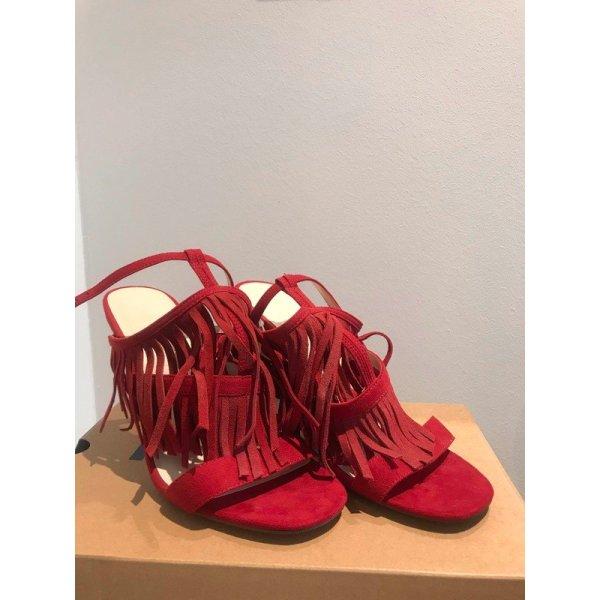 Rote High Heels Bershka