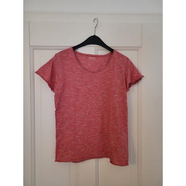Rotes Tshirt Review