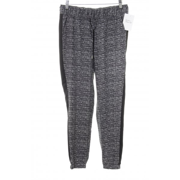 s.Oliver Stoffhose schwarz-weiß grafisches Muster Casual-Look