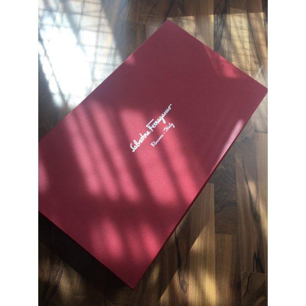 Salvatore Ferragamo Box / Schachtel mit 2 großen Staubbeutel dazu