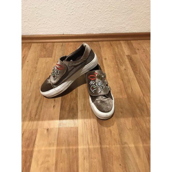 Samt-Sneaker mit Strass