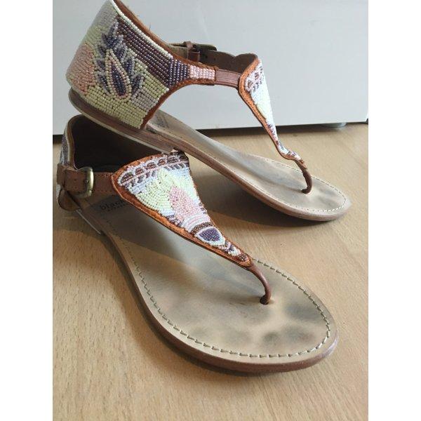 Black Lily Toe-Post sandals multicolored