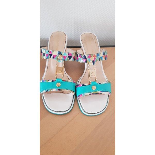 Sandaletten mit vielen Details