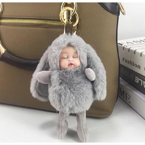 Schlüssel -/Taschenanhänger schlafende Plüsch Kinder mit langen Ohren grau NEU