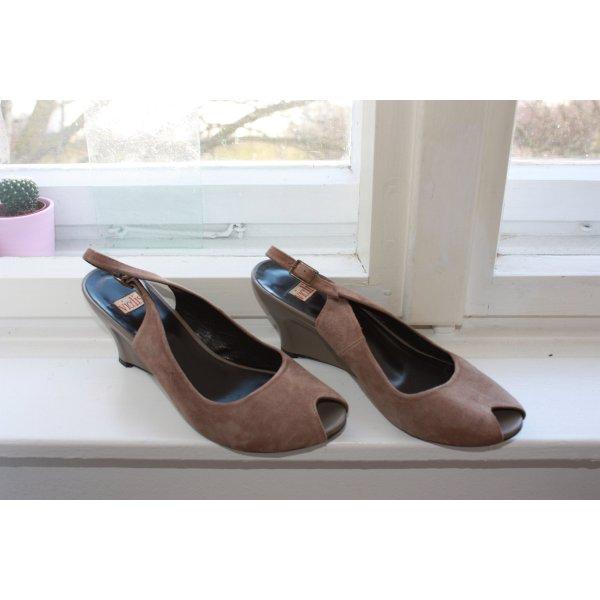Schöne ebenfalls ungetragene Schuhe von Vialis