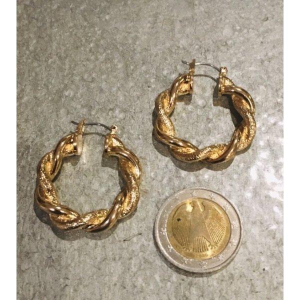 Schöne goldfarbende Ohrringe, Ohrstecker ,sehn wirklich schön aus am Ohr.... #Topshop