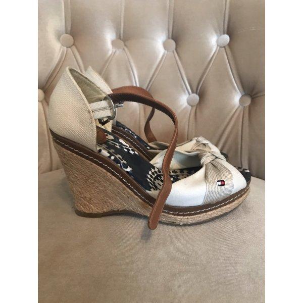 Schöne Schuhe von Tom Hilfiger Gr 37
