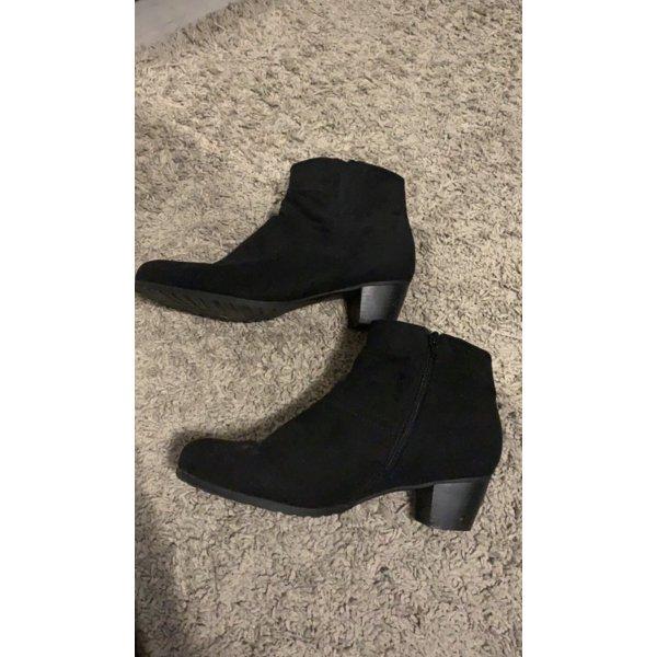 Schuhe mit Absatz von Pia Corsini