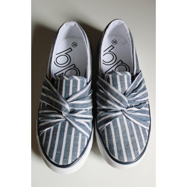 Schuhe von Bonprix in Jeansoptik in Gr. 36