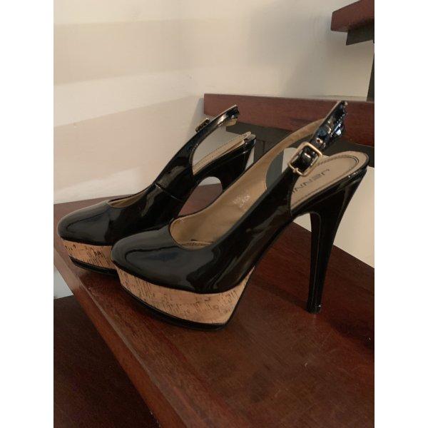 Schwarze Lack Sandaletten mit Plateauabsatz