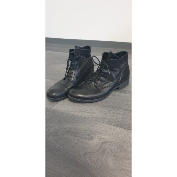 Schwarze Leder Schnürstiefeletten