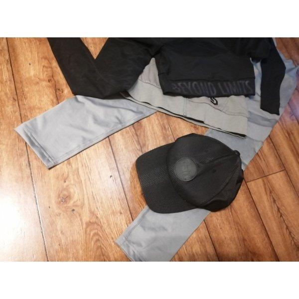 Schwarze neue ESN Kappe