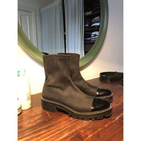 Schwarze Schuhe ankle Boots Stiefeletten Lack grob doc Martens like 40 style