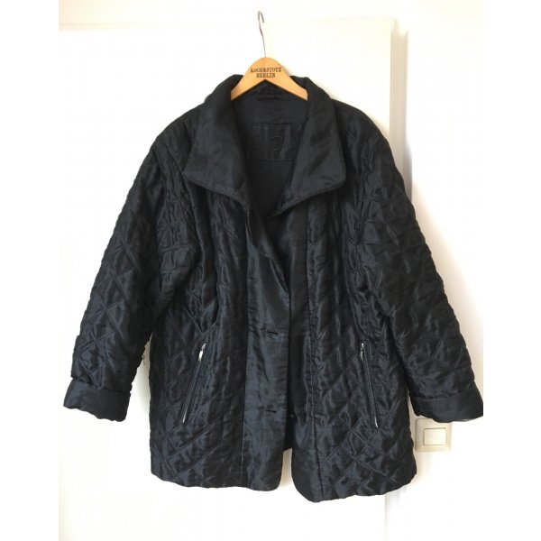 Schwarze Steppjacke Vintage Betty Barclay Trend 90s Blogger Oversize