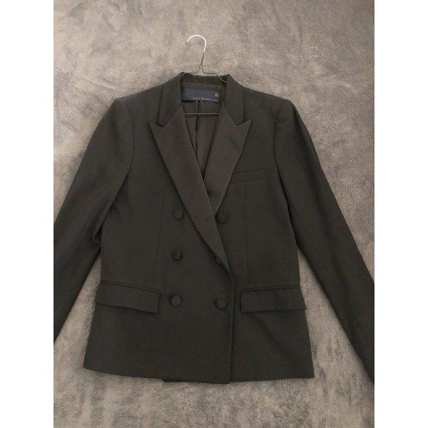 Schwarzer eleganter Blazer von Zara