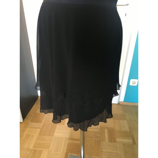 3 Suisses Pleated Skirt black