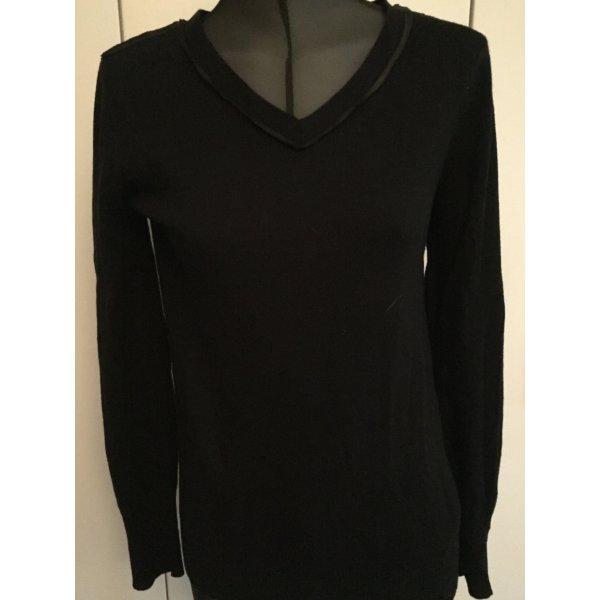 Schwarzer Pullover von Armani
