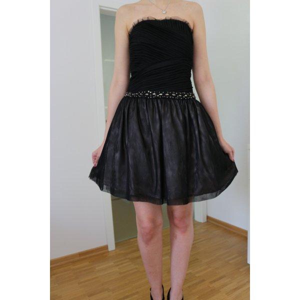 schwarzes elegantes Kleid von Jake's