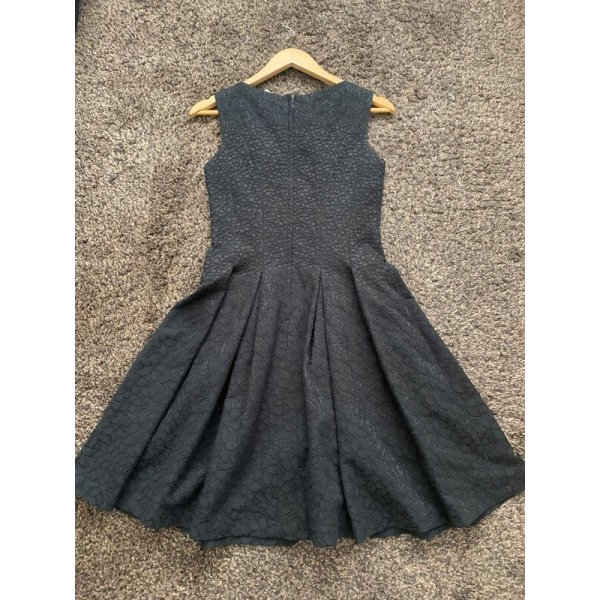 Schwarzes Skaterkleid Petticoat von Orsay in 36