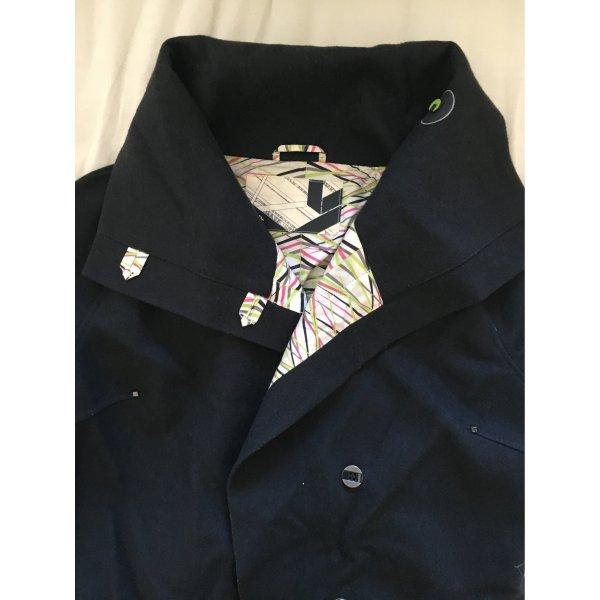 Sehr ausgefallener Mantel, 36