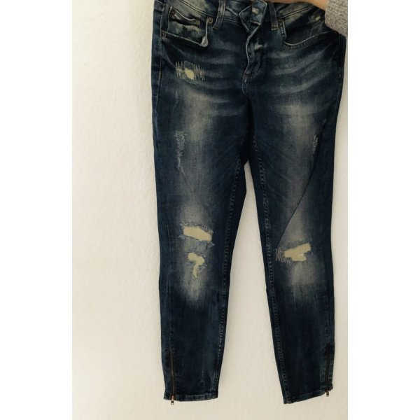 Sehr schöne skinny Kirsten Jeans von Gina Tricot ganz neu mit Zipper ungetragen