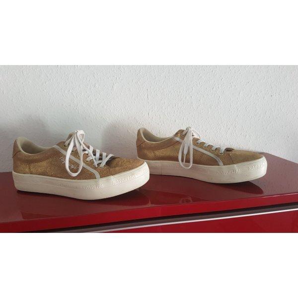 Sneaker- Goldstück von Napajiri, Gr. 37.5