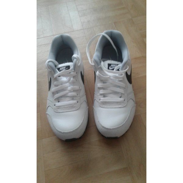 Sneaker Nike weiß/grau/schwarz Gr. 38.5
