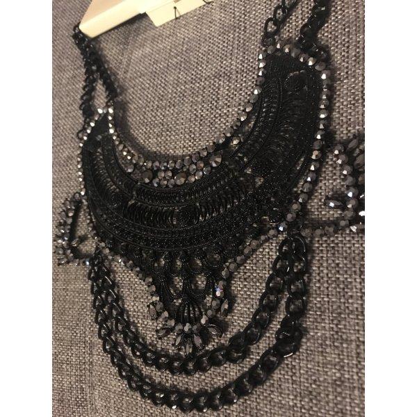 Zara Cadena de cuentas negro-color plata