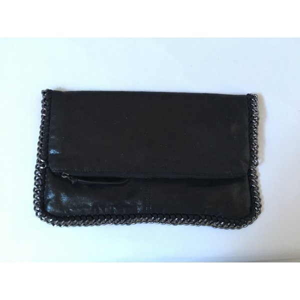 Super schwarze Clutch