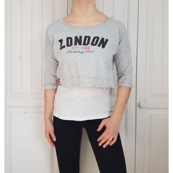 T-shirt Shirt Tshirt Top Tanktop Croptop Croppulli Croppullover Pulli Pullover Hoodie Sweater Bluse