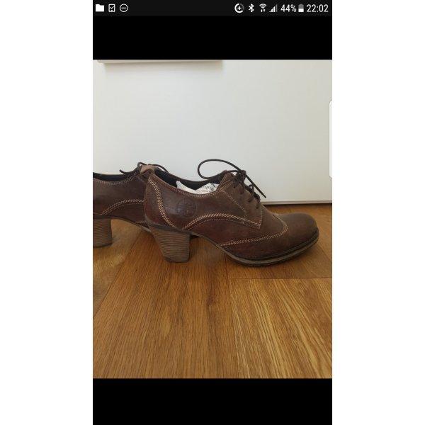 Tamaris Zapatos estilo Oxford marrón