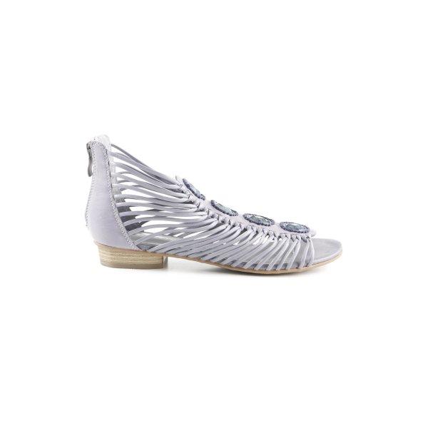 Tamaris Riemchen-Sandaletten grauviolett Street-Fashion-Look