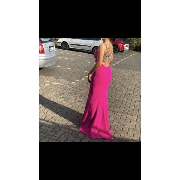 Tolles Kleid mit rückendekolette