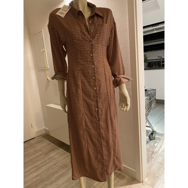 Tolles langes neues Zara Kleid