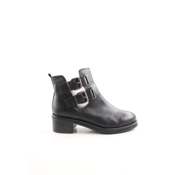 Topshop Cut-Out-Stiefeletten schwarz Casual-Look