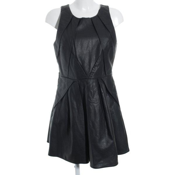 Topshop Lederkleid schwarz Street-Fashion-Look