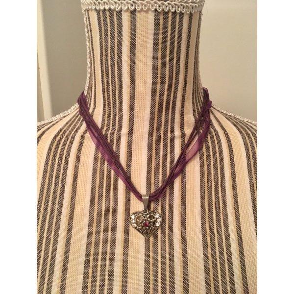 Trachten Halskette mit silberfarbenen Herzanhänger