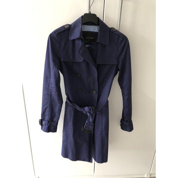 Trenchcoat von Zara, dunkelblau