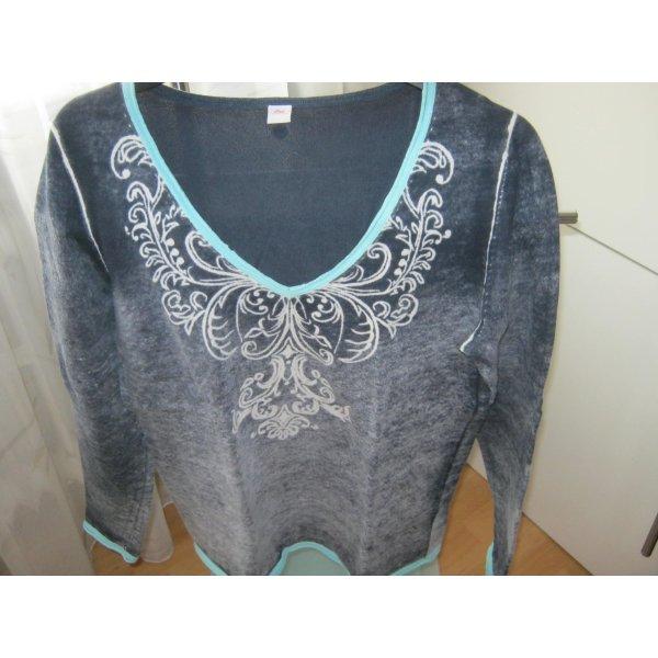 Trendiger dunkelblauer Pullover in used Optik