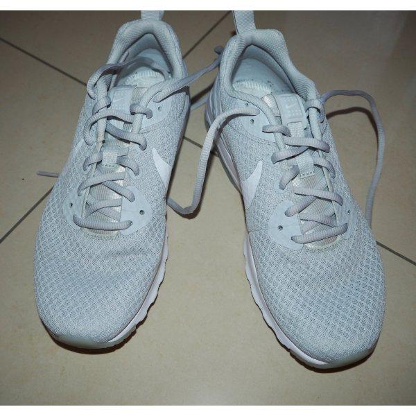 Turnschuhe Sneaker Nike air 40 Damen weiß