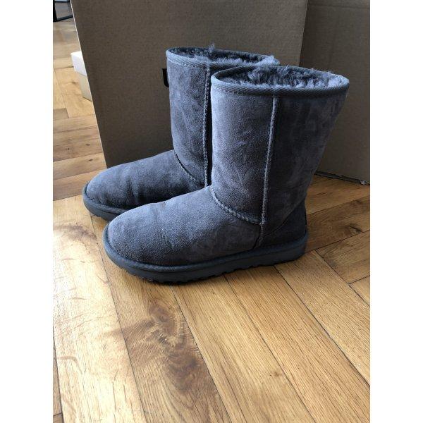 UGG Boots Stiefeletten Winter grau gefüttert